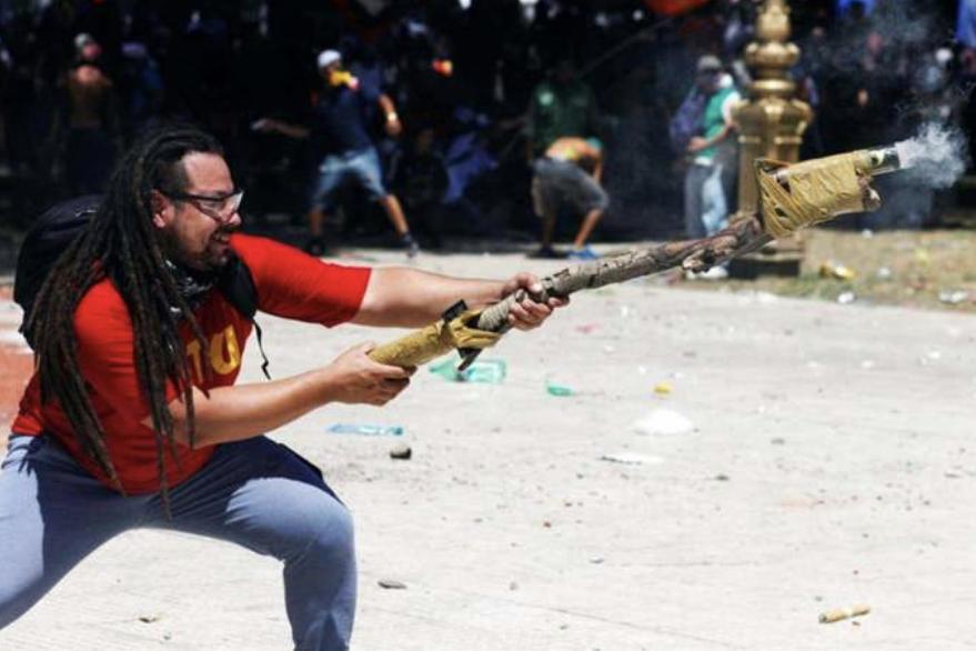 Sebastian Romero'ya Özgürlük!