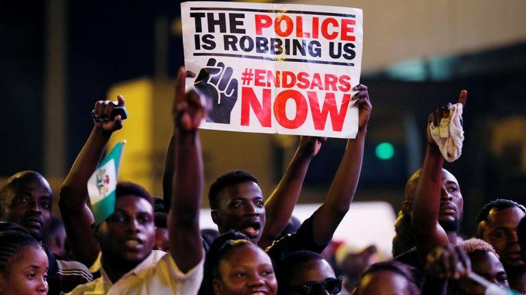 Nijerya: Gençliğe Yönelik Polis Şiddetine Karşı Bir Öfke Patlaması!