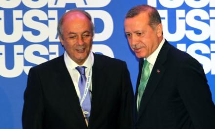 """TÜSİAD'IN """"GELECEĞİ İNŞA"""" PLANI: BÜYÜK PATRONLAR YENİDEN DEMOKRASİYE HAZIRLANIRKEN!"""
